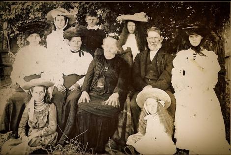 POLLOCK FAMILY circa 1906